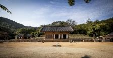 강진 무위사 : 전라남도 강진군 성전면 월하리 1174